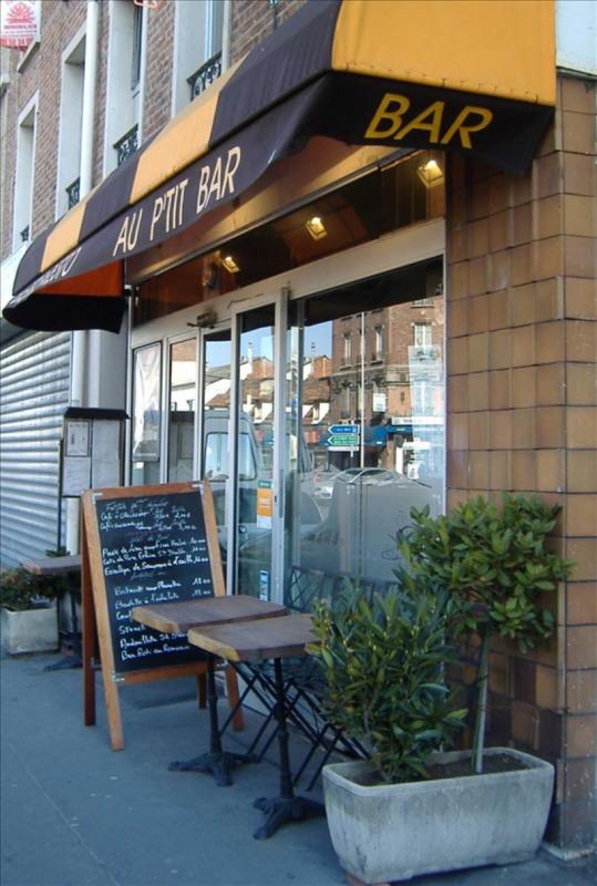 Commercial property sale shop St ouen 290000€ - Picture 1