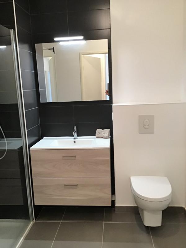Location appartement Fréjus 1075€ CC - Photo 7