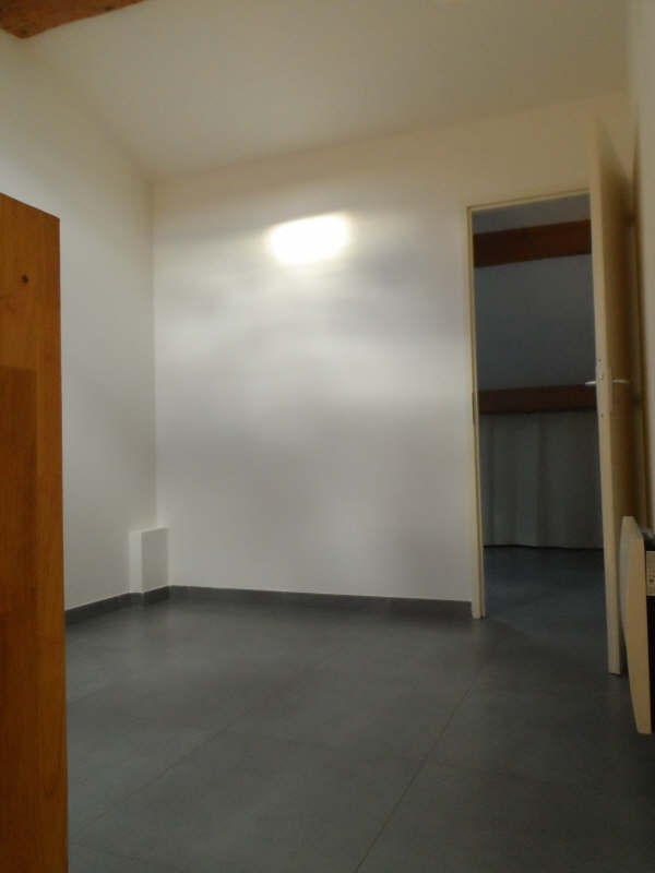 Location appartement Balaruc les bains 536€ CC - Photo 5