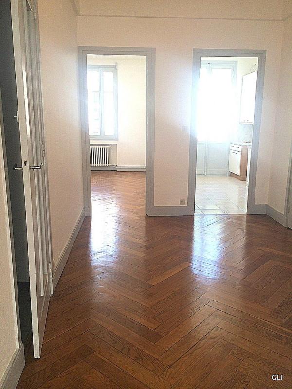 Rental apartment Lyon 6ème 931€ CC - Picture 2