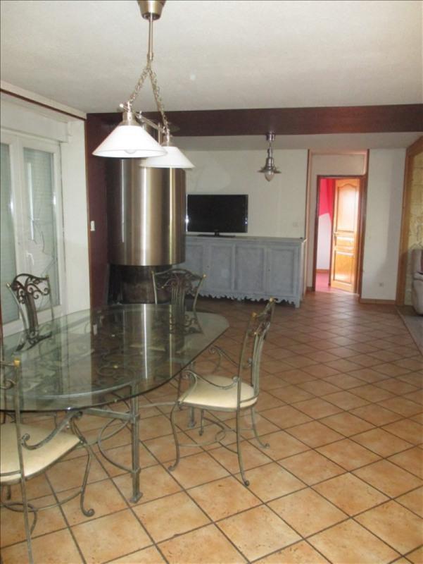 Vente maison / villa St symphorien de lay 139000€ - Photo 6