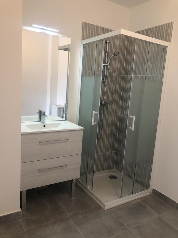 Rental apartment Roquebrune-sur-argens 540€ CC - Picture 8