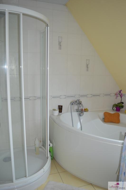 Sale house / villa La roche maurice 260000€ - Picture 8