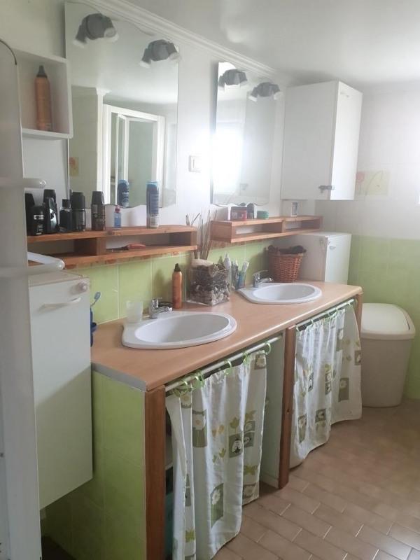 Sale house / villa Cires les mello 279000€ - Picture 8