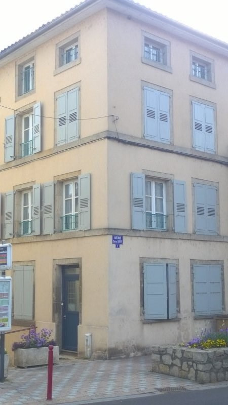 Sale building Brives charensac 179 500€ - Picture 2