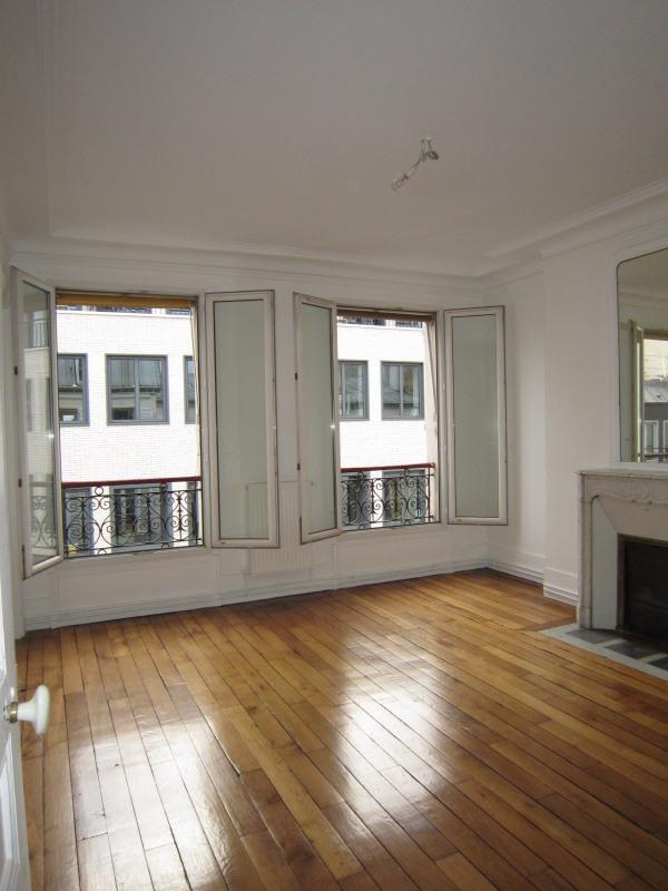 Rental apartment Paris 17ème 1448€ CC - Picture 4