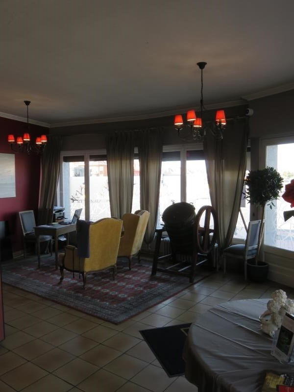 Sale building Petite synthe 271960€ - Picture 2