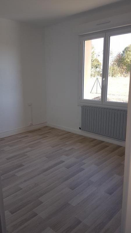 Location maison / villa Bonchamp les laval 730€ +CH - Photo 3