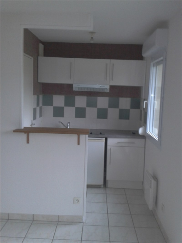 Location appartement Vendome 430€ CC - Photo 1