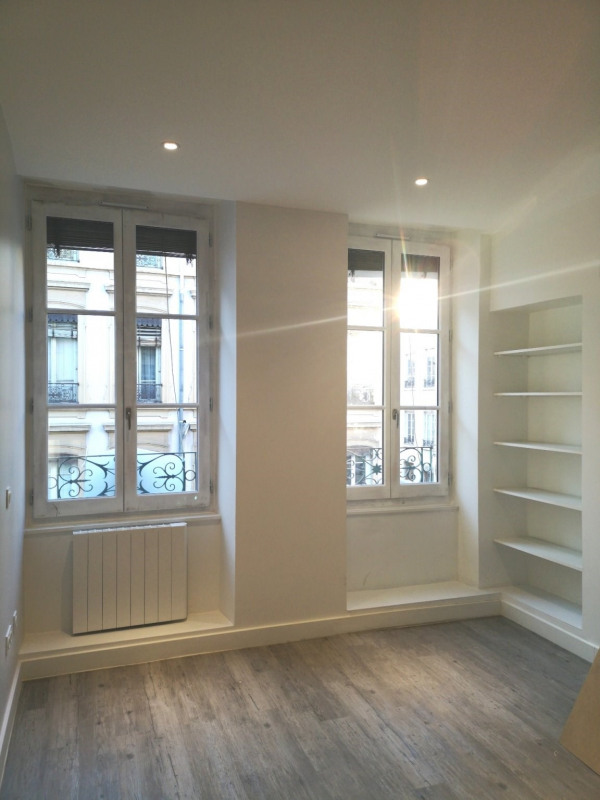 Location appartement Lyon 6ème 620€ CC - Photo 3