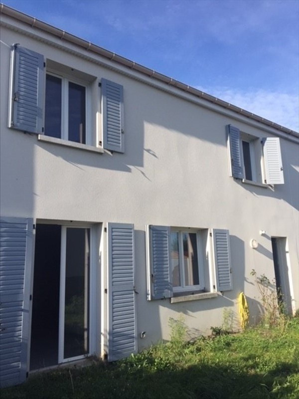 Location maison / villa Boissy sous st yon 1 194€ CC - Photo 1