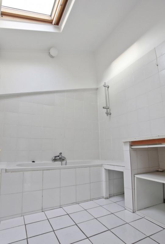 Sale apartment Paris 10ème 700000€ - Picture 10