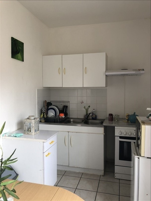 Rental apartment Nimes 330€ CC - Picture 4