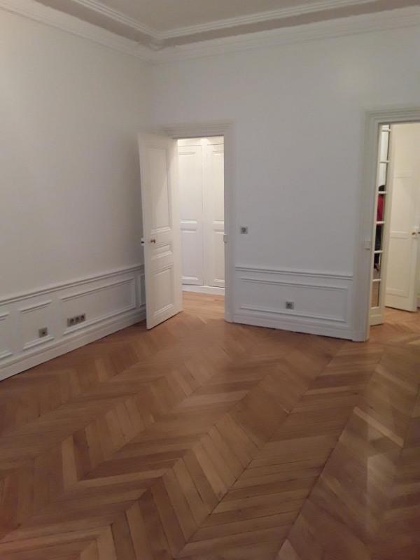 Rental apartment Paris 17ème 5690€ CC - Picture 5