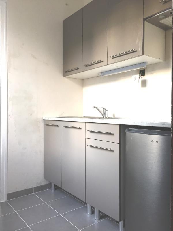 Verhuren  appartement Surgeres 350€ CC - Foto 2