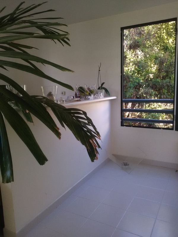 Revenda apartamento St denis 169500€ - Fotografia 2