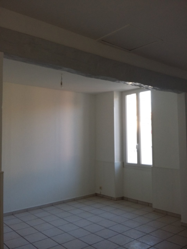 Location maison / villa Portets 672€ CC - Photo 2