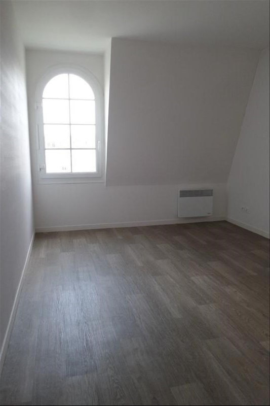 Rental apartment Falaise 598€ CC - Picture 3