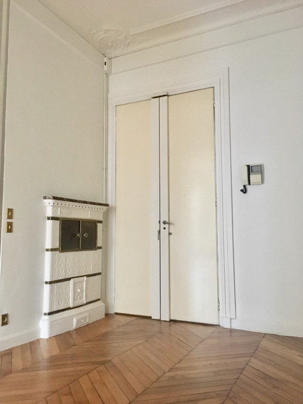 Location appartement Paris 8ème 4 092€ CC - Photo 6
