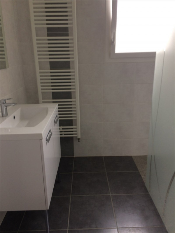 Location maison / villa Niort 720€ CC - Photo 3