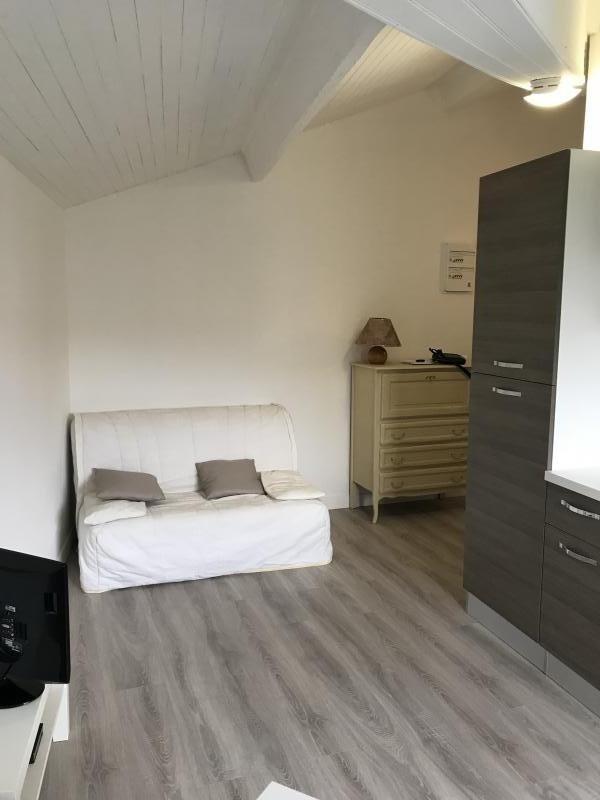 Location appartement Eguilles 600€ CC - Photo 3