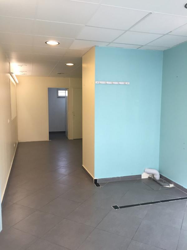 Sale empty room/storage La queue-en-brie 85600€ - Picture 2
