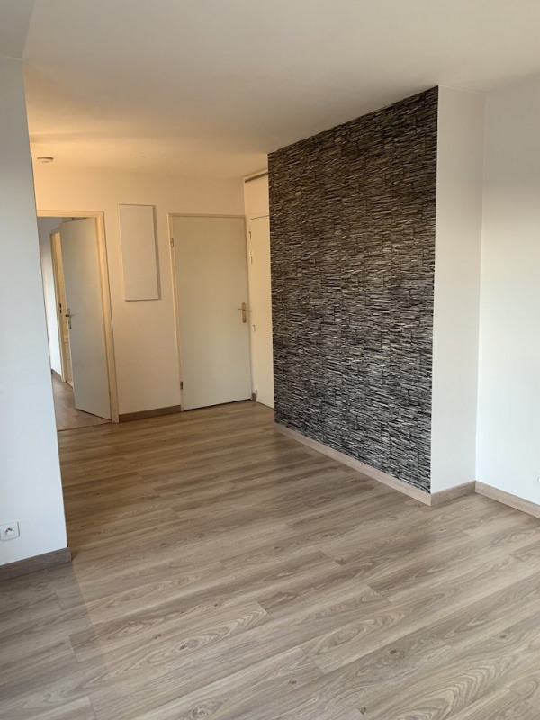 Rental apartment Bagnolet 1 013€ CC - Picture 1