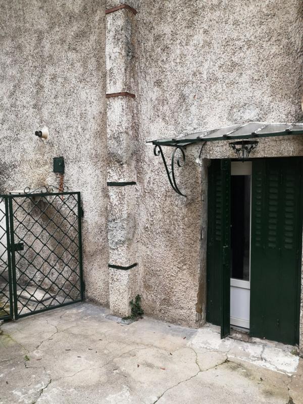 Location appartement Les roches-de-condrieu 680€ CC - Photo 16