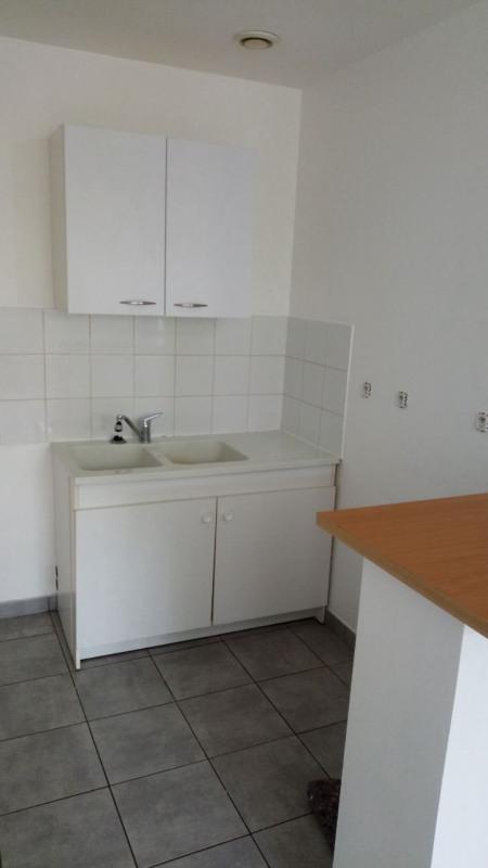 Rental apartment St vallier 335€ CC - Picture 4