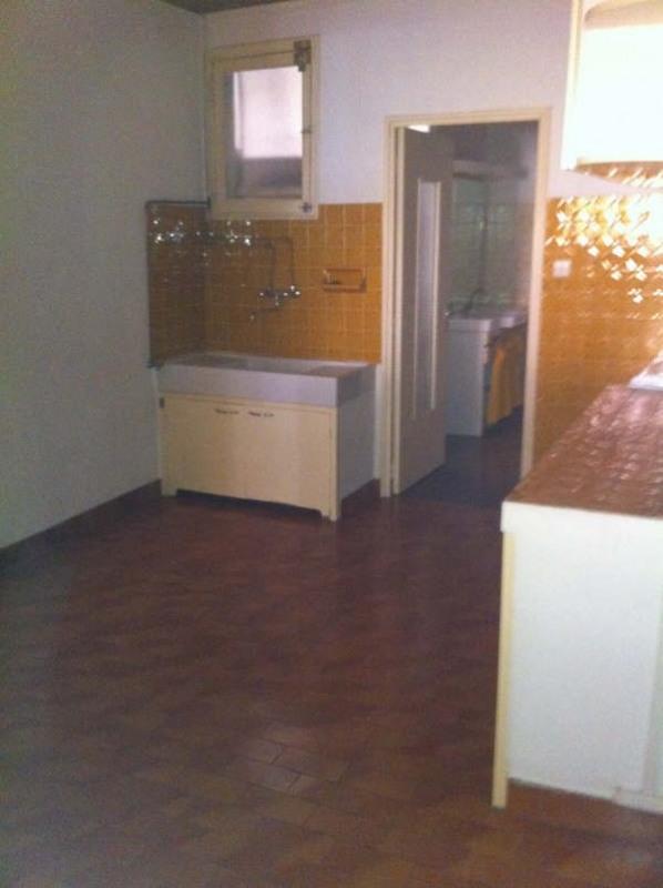 Rental apartment Aix en provence 738€ CC - Picture 4