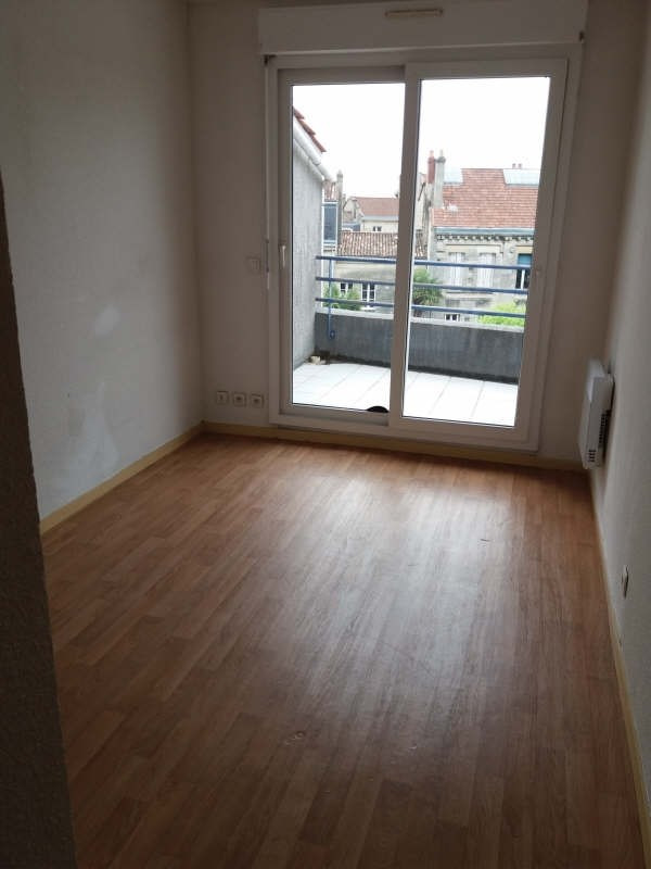 Location appartement Bordeaux 900€ CC - Photo 2