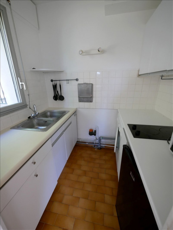 Location appartement Garches 895€ CC - Photo 2