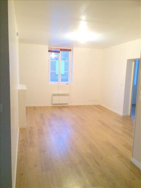 Rental apartment La riviere st sauveur 590€ CC - Picture 3