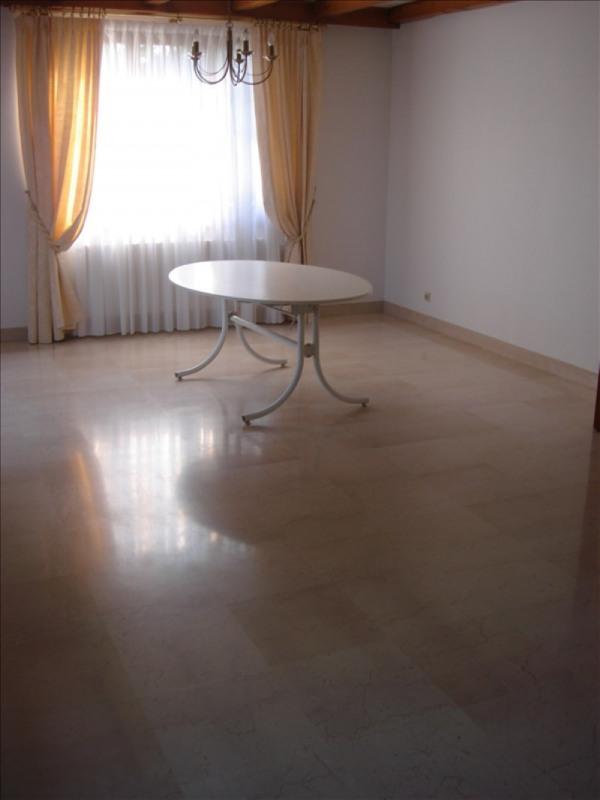 Affitto casa Thoiry 2060€ CC - Fotografia 4