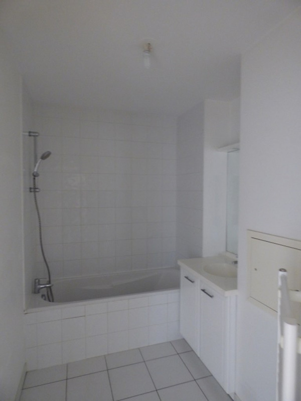 Rental apartment Ville la grand 988€ CC - Picture 5