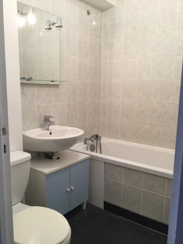Rental apartment Paris 14ème 766,56€ CC - Picture 4