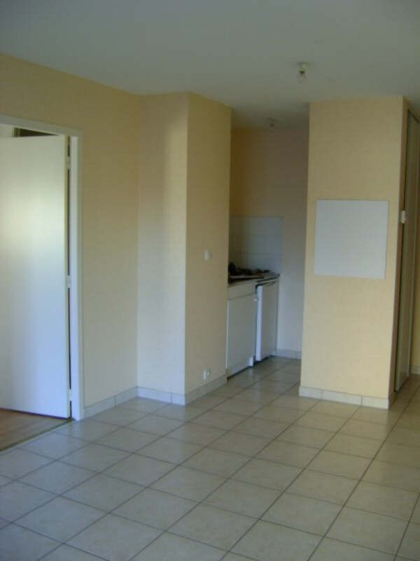 Rental apartment Rodez 384€ CC - Picture 7