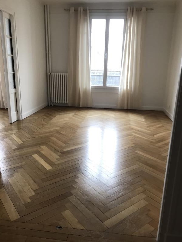 Rental apartment Annecy 1 100€ CC - Picture 2