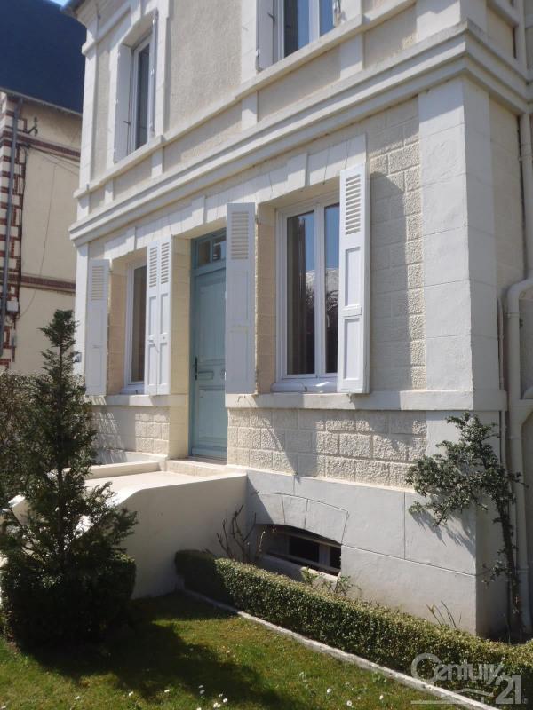 Revenda residencial de prestígio casa Deauville 562000€ - Fotografia 1