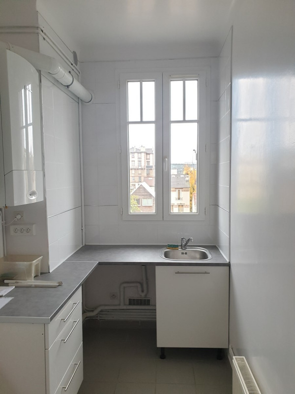 Location appartement Colombes 1 100€ CC - Photo 3