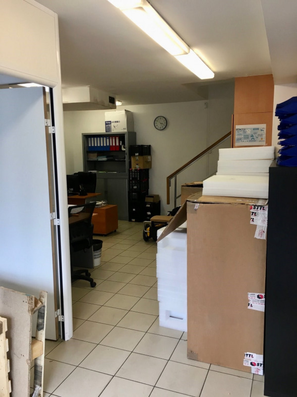 Location local commercial Paris 14ème 2 875€ CC - Photo 2