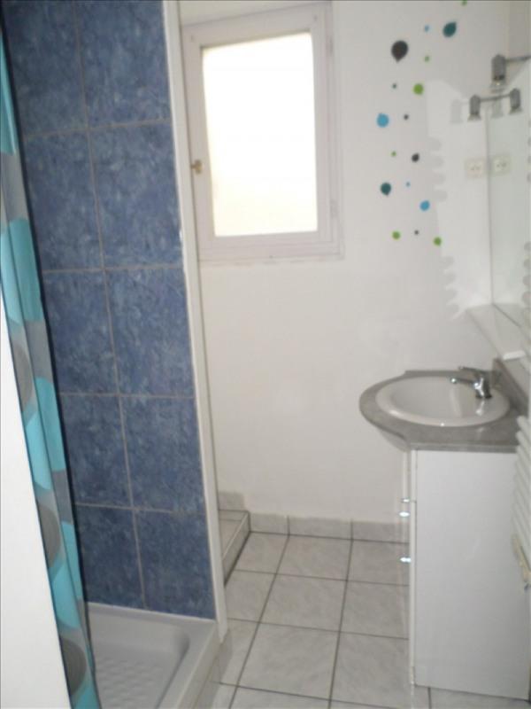 Location maison / villa Moulismes 575€ CC - Photo 3