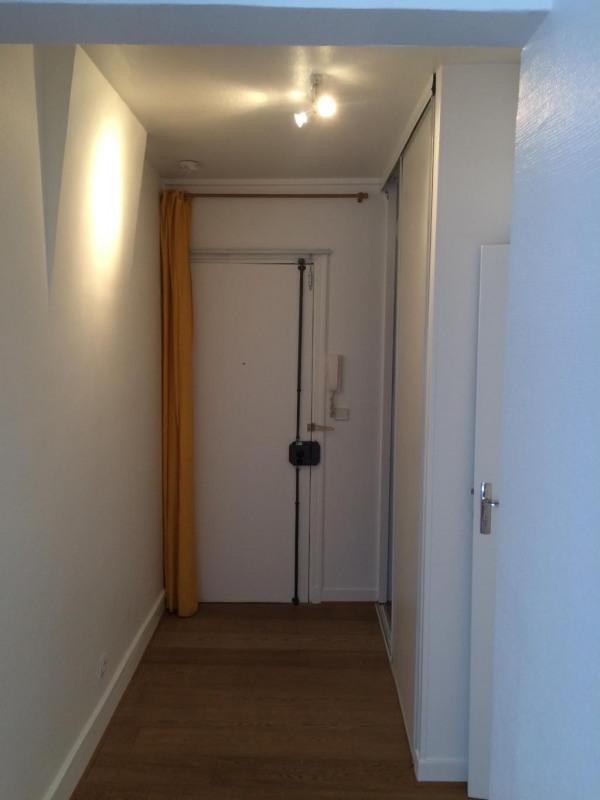Rental apartment Paris 17ème 1230€ CC - Picture 6
