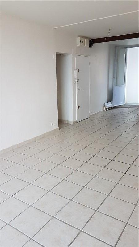 Location appartement Salon de provence 600€ CC - Photo 2
