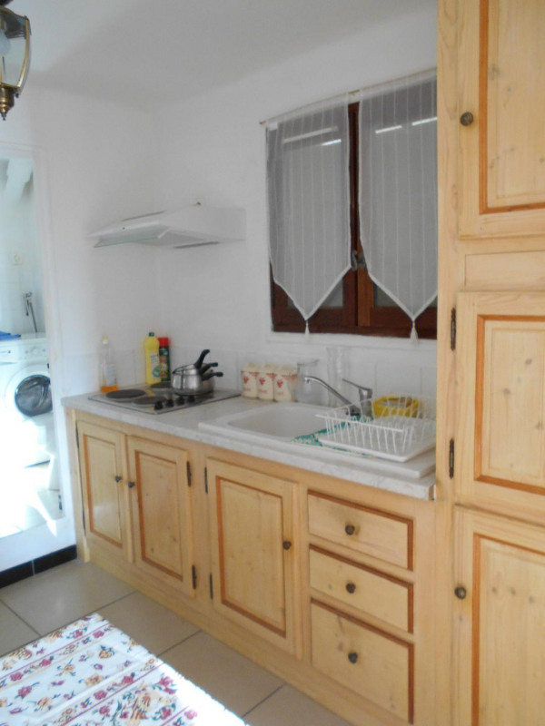 Vacation rental apartment Bandol 570€ - Picture 2