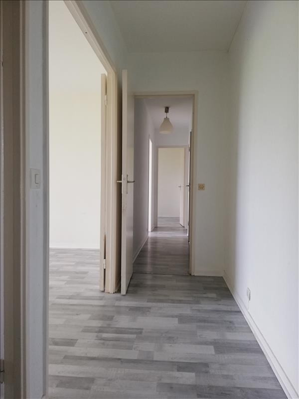 Location appartement Evry 846€ CC - Photo 4