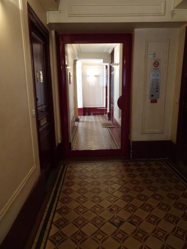 Vendita appartamento Paris 9ème 512000€ - Fotografia 6