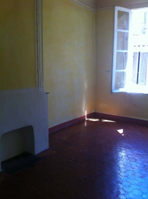 Rental apartment Aix en provence 738€ CC - Picture 1