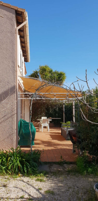 Vente maison / villa Hyeres 390 000€ - Photo 2