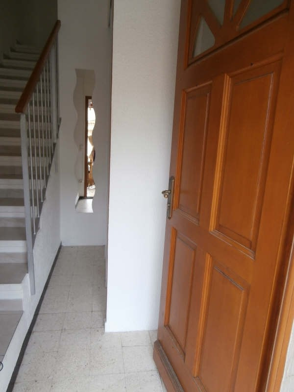 Location appartement Entressen 505€ CC - Photo 8